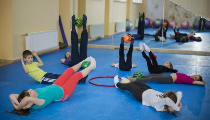 Как да се лекува сколиозата при деца? Гимнастика и масаж..