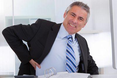 Болка в долната част на гърба и ребрата - Болки в ставите