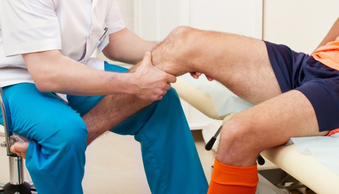 Остеоартрит и артрит на колянната става: симптоми и..