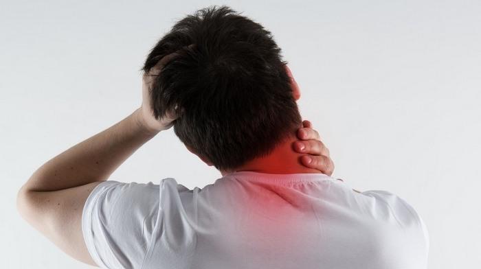 Болка в шията от дясната страна: причини и начини за..